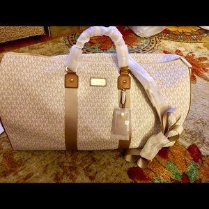 MICHAEL KORS  Vanilla/ Acorn weekend / travel bag
